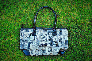 Michelle-Obama-Celebrity-Magazine-Collage-Style-Beach-Tote-Handbag