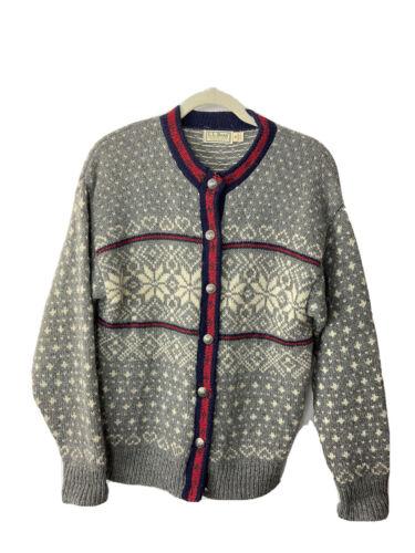 Bean Wool Cardigan Nordic Style Sweater circa 1970s Size Medium  L.L