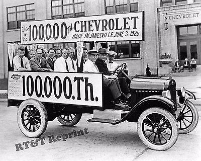 Photograph Vintage Dyer Paint Oldsmobile Delivery Truck  1920c  8x10