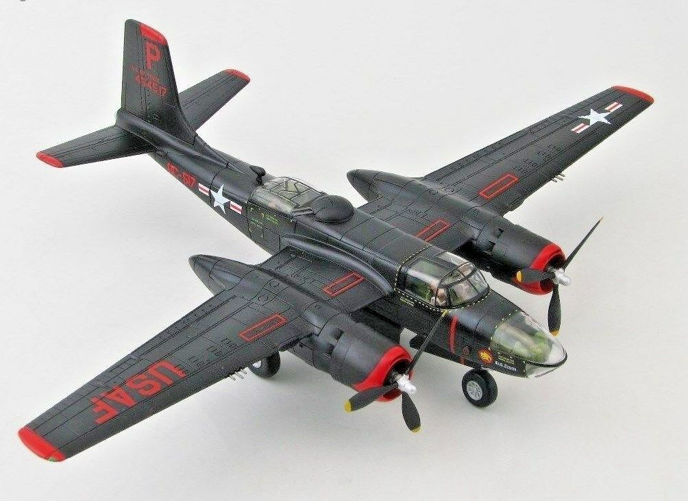 HOBBY MASTER DOUGLAS  A-26B INVADER,'Monie'USAF,17th BG.KOREA. HA3220. BRAND NEW
