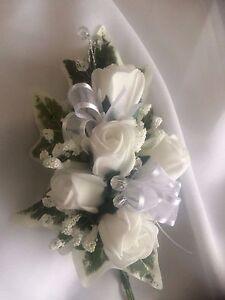 White Roses Ribbons /& Embellishments *NEW*  Ladies  Wedding Corsage Ivy,Gyp