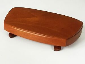 KELLAM KELLAMS SIGNED HAND CRAFTED CHERRY WOOD FOOTED WEDGE JEWELRY STORAGE BOX