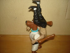 SCOOBY DOO VS BRUCE LEE ACTION FIGURES IN AN UNPRECENDENTED MATCH KUNG FOO FUN!!