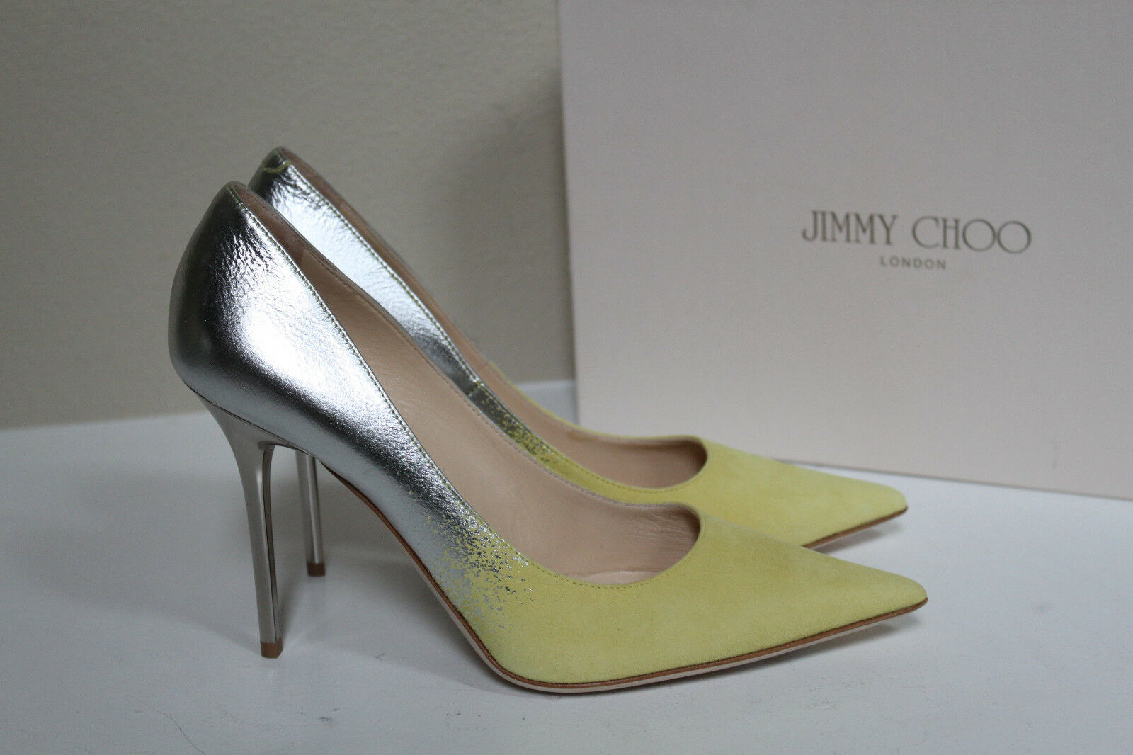 New sz 8.5 / 38.5 Jimmy Choo Abel Yellow Suede Silver Mirror Leather Pump Shoes