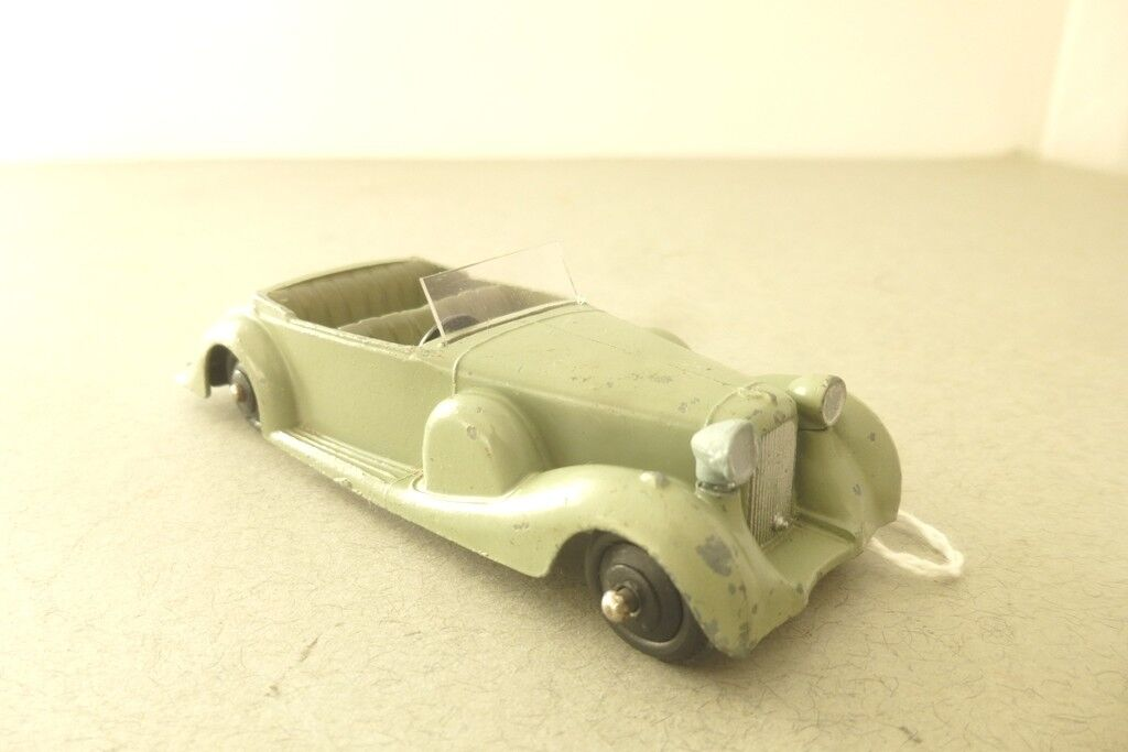 Dinky Toys Early Version of the Lagonda Open Tourer Sports Car 1940's Dinky Toy