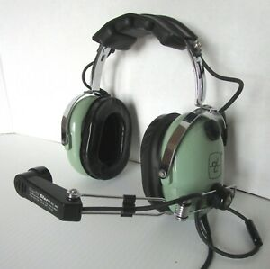 David-Clark-H10-36-Helicopter-Headset-A
