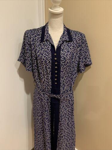 Vintage 1940's Blue & White Volup Novelty  Soft Ra