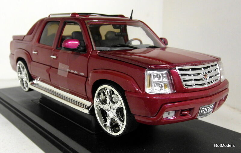 Ertl 1 18 escala 33917 Cadillac Escalade Ext paseos en revista Exclusivo Toys R Us
