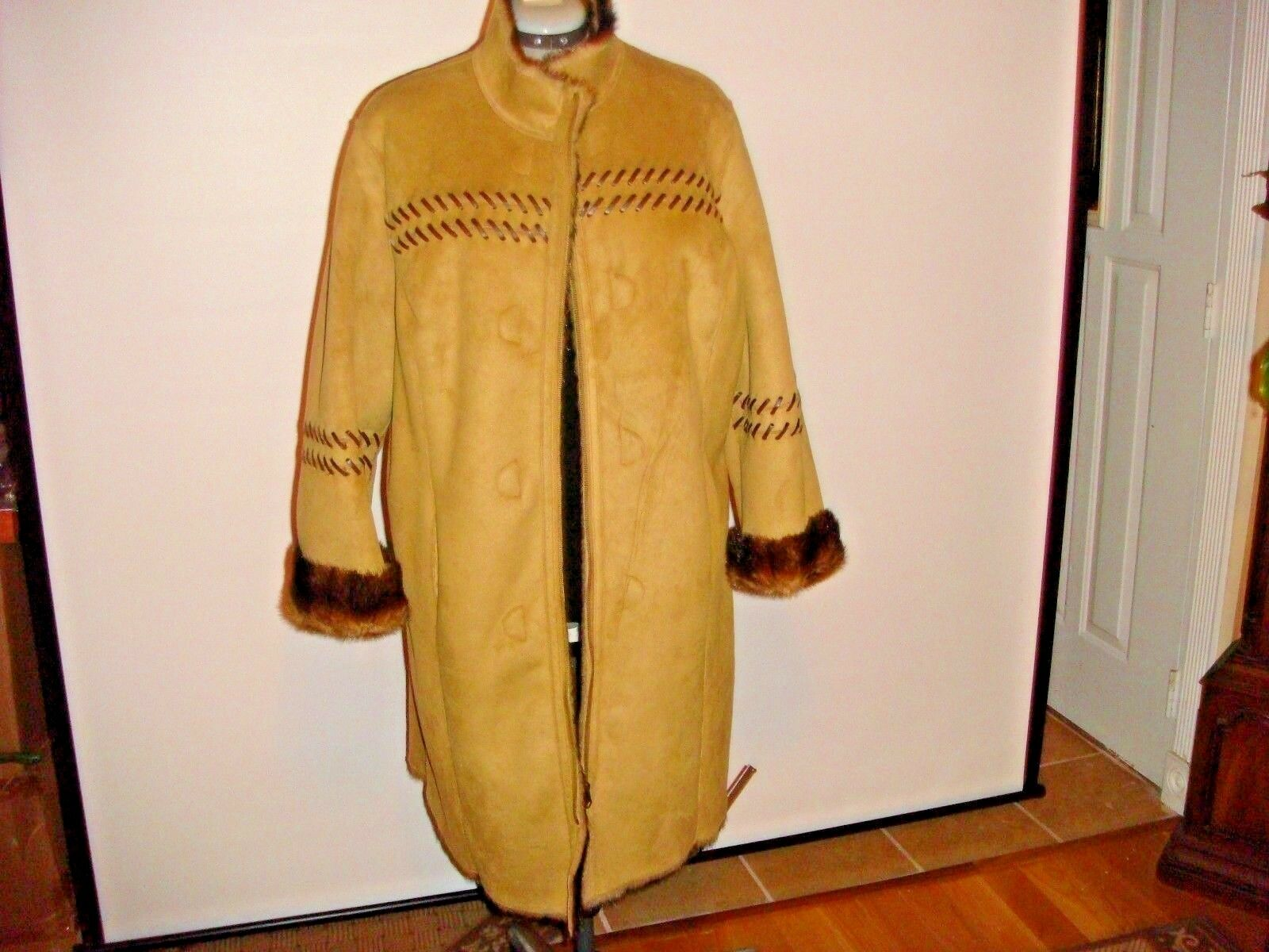 NWT TERRY-LEWIS   Women's Exquisite  CAMEL   Reversible Faux Fur Coat Sz 1X