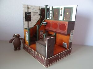 Muppets-Back-Stage-Playset-w-Rowlf-Palisades-Customized-from-2-Muppet-Playsets