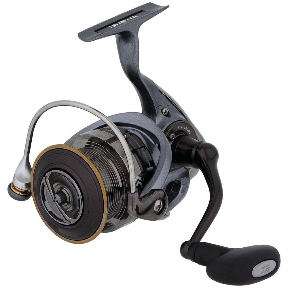 Daiwa Spinning Reel 15 LUVIAS 3012H 3000 Dimensione For Fishing From Japan
