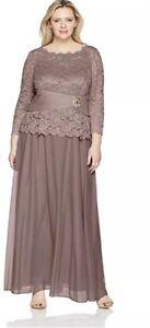 da5e3d72dd1 CACHET Women s Plus 16 W FORMAL EVENING Gown Lace Bodice Dress Long ...