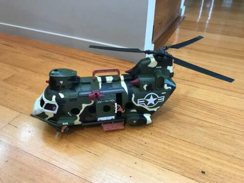 AFORCE ARMY HELICOPTER WITH FIGURINES
