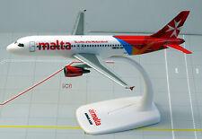 Air Malta Airbus A320-200 1:200 Herpa Snap-Fit 610032 Flugzeug Modell NEU A320