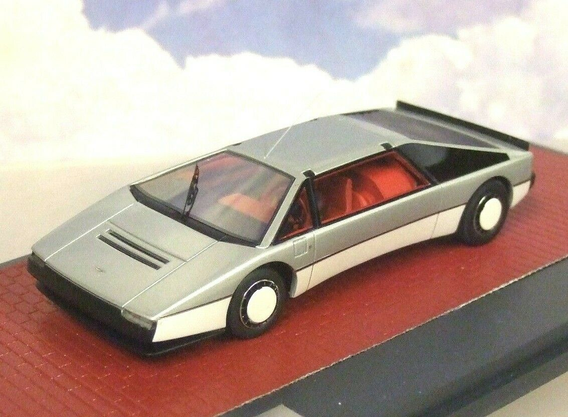 Matriz 1 43 Resina Aston Martin Bulldog Concepto 1979 en la argento grigio Mx