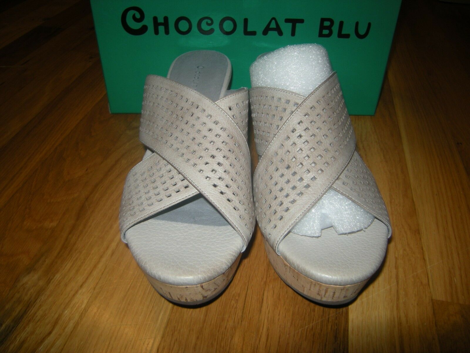 Brand New Chocolat blue Wamblee Grey Wedge, Size 8.5