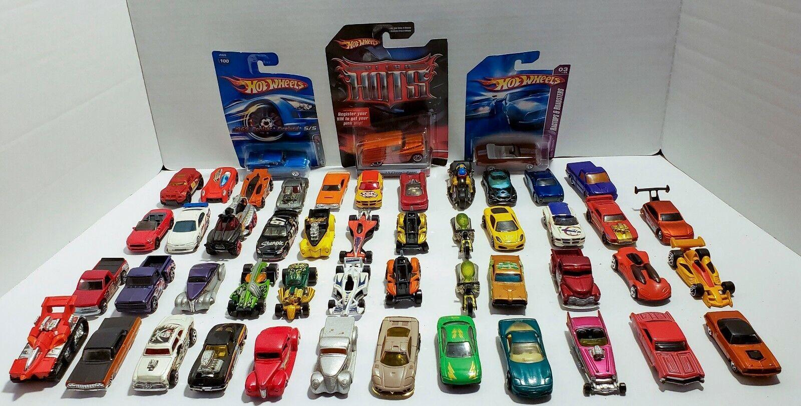 Lote coches de juguete de 50 Hot Wheels Coches década de 1990 a década de 2000 + Ultra Dama Envío Gratis