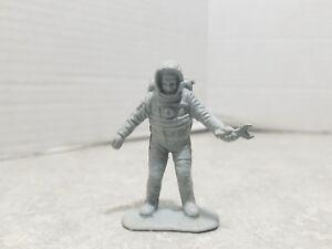 Vintage-Marx-Operation-Moon-Base-1960s-Silver-gray-Plastic-PlaySet-Figure