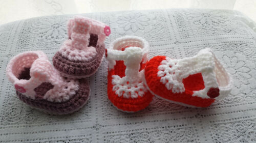2 COLOUR HAND CROCHET//KNITTED BABY T-SHOES choose  size and colour