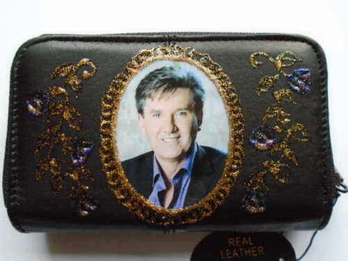 NEW DANIEL O,DONNELL PICTURE    BLACK LEATHER  PURSE//WALLET
