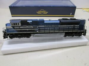 GENESIS-EMD-LEASE-SD70ACe-POWERED-LOCOMOTIVE-1202-DCC-PLUG-HO-SCALE