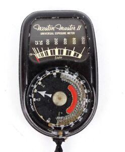 Exposimetro-Weston-Master-Ii-Cine-pelicula-de-fotografia-vintage-en-funcionamiento