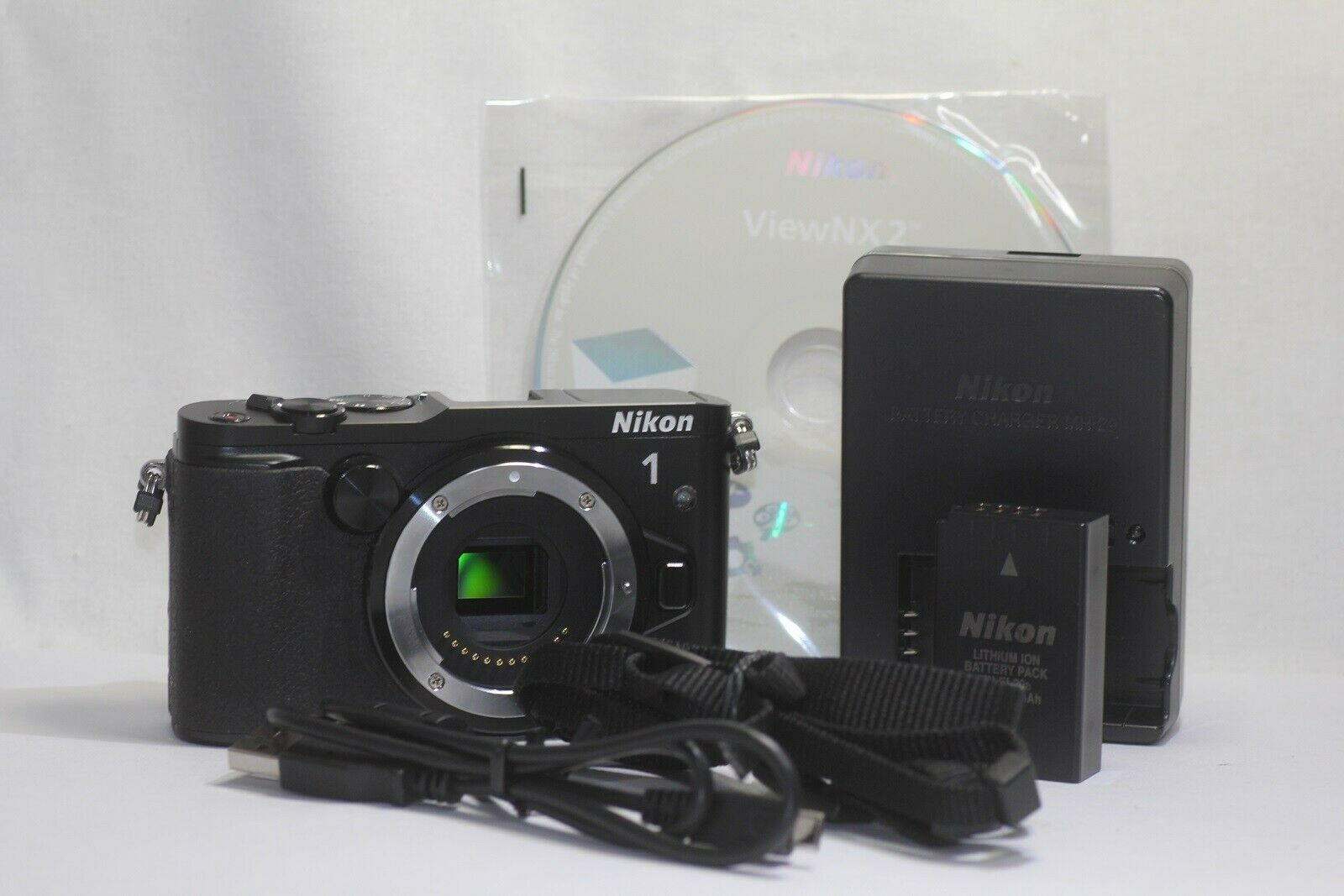 Mirrorless Cameras: Collapsible Mono pod D60 D90 1 V3 D80 D100 Digital SLR D1 Sturdy 72 Monopod Camera Stick with Quick Release for Nikon 1 V1 1 V2 D50 D70 Mono-pod D40X D40 D70s