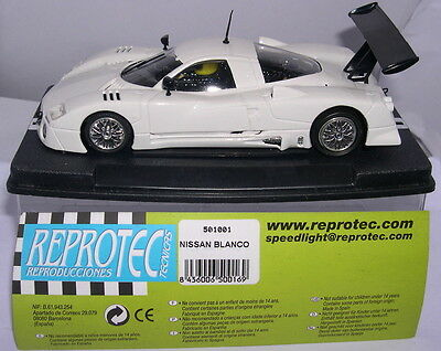 Adaptable Reprotec 501001 Slot Car Nissan R390 Gt1 Racing White Mb Elektrisches Spielzeug Kinderrennbahnen