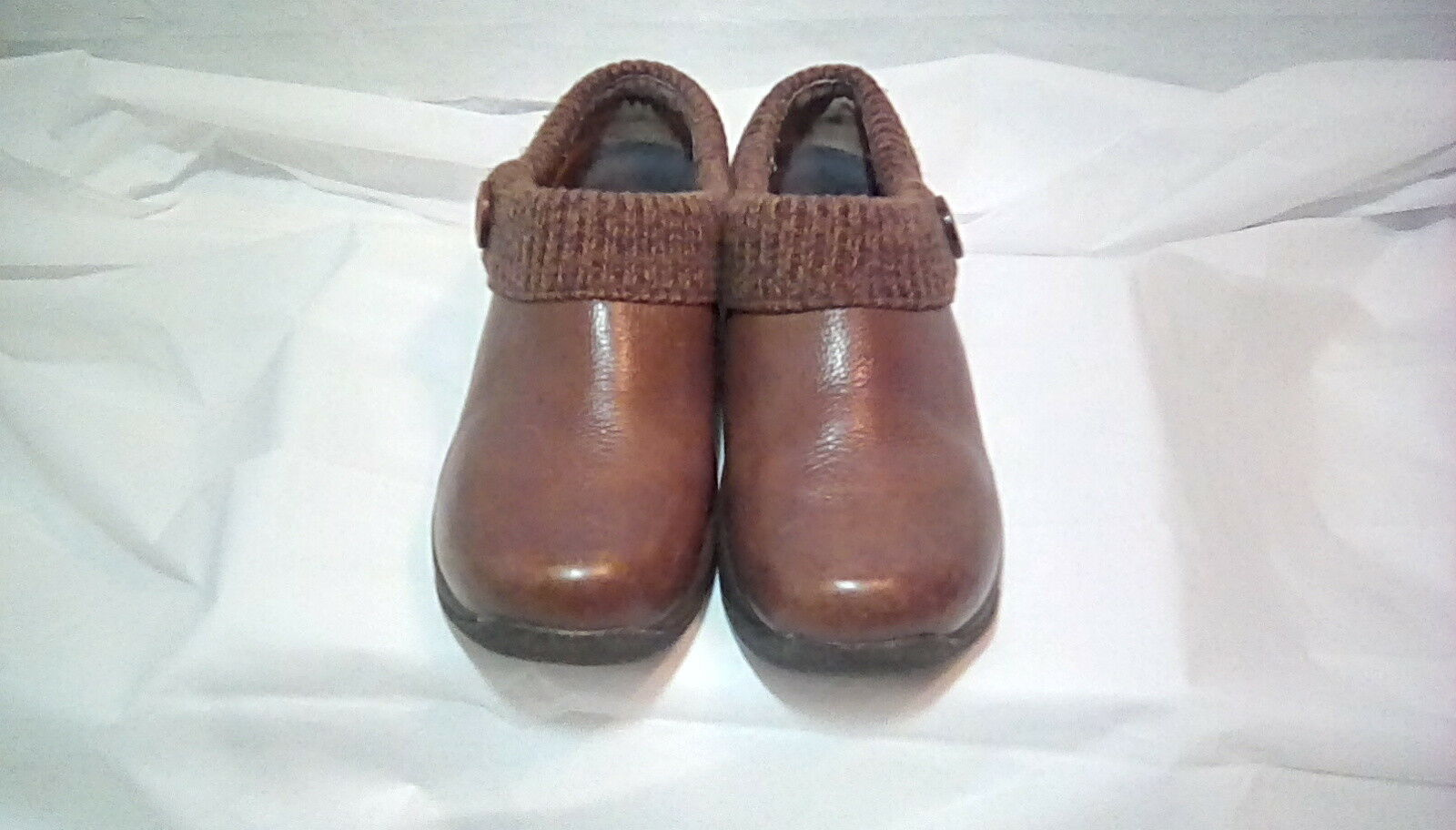 Dansko- Womens Brown Leather- Brown Sweater Trim Clog shoes- Size US 9.5-10 40