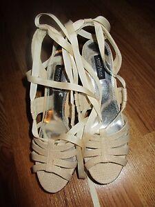 Women-039-s-White-House-Black-Market-Tori-wedge-shoes-size-8-M