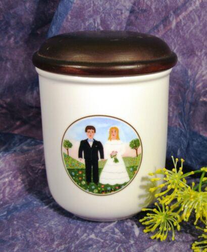 Haushaltsdose 1 Porzellandose mit Holzdeckel  mittel NAIF WEDDING