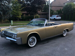 Lincoln Continental Convertible with Suicide Doors