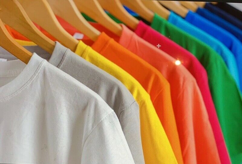 PLAIN  T-SHIRT  REDUCE TO CLEAR !! 1000 pcs and above  R25 -  / WHOLESALE ; RETAIL, VARIOUS COLOURS.