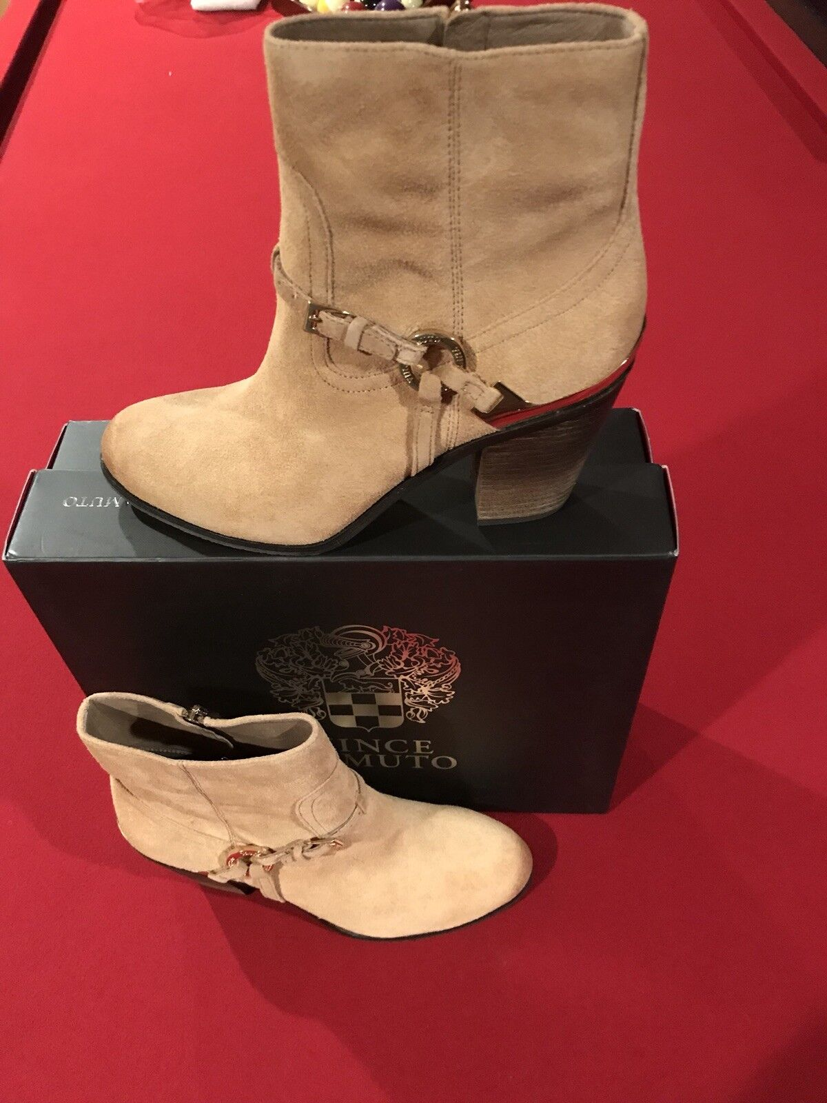 VINCE CAMUTO Greggor Bamboo Color Suede Ankle Boots - Size 8.5