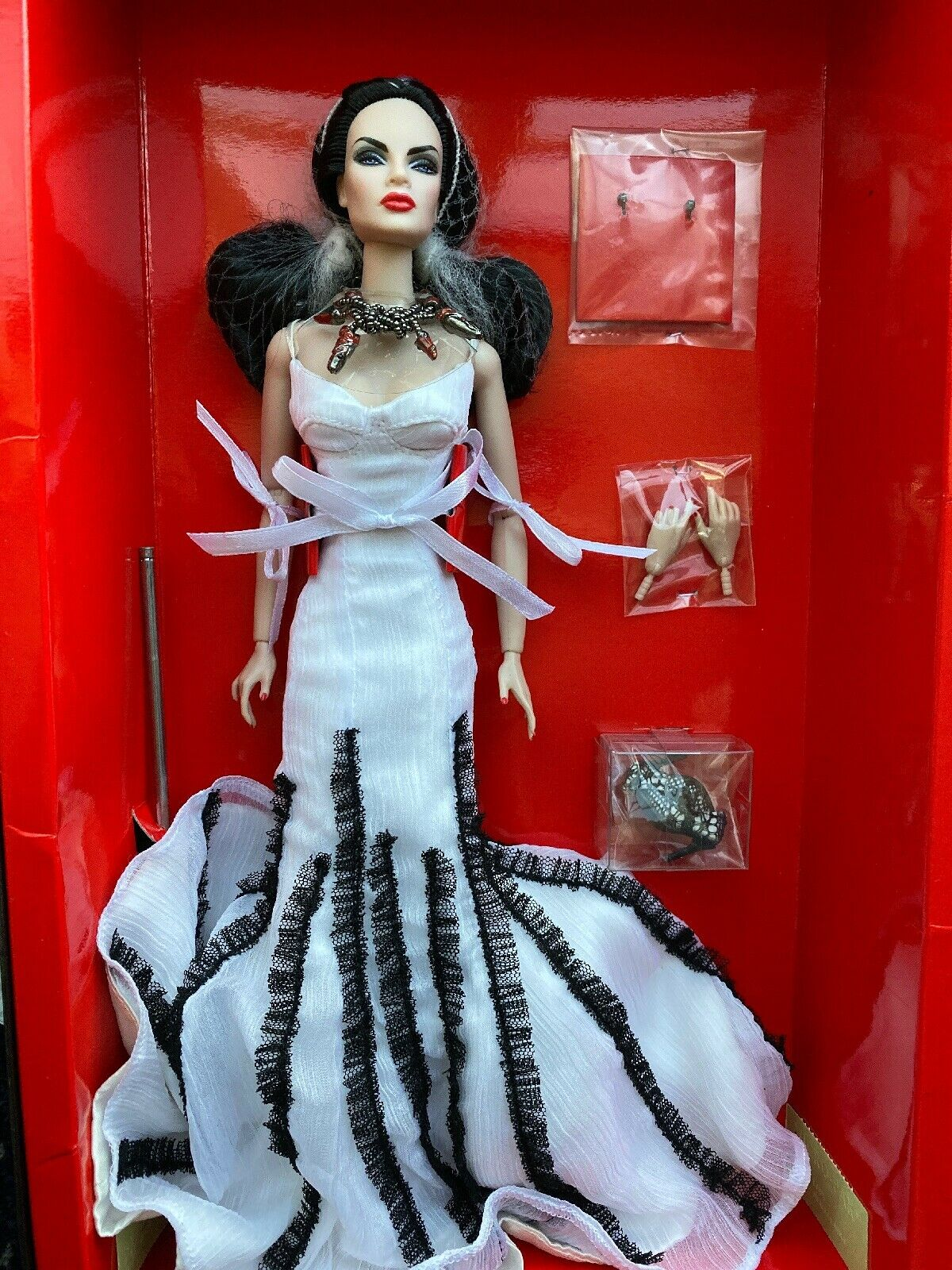 Fashion Royalty Doll Gown Formal White Black Blood Lines 2013 IFDC Convention