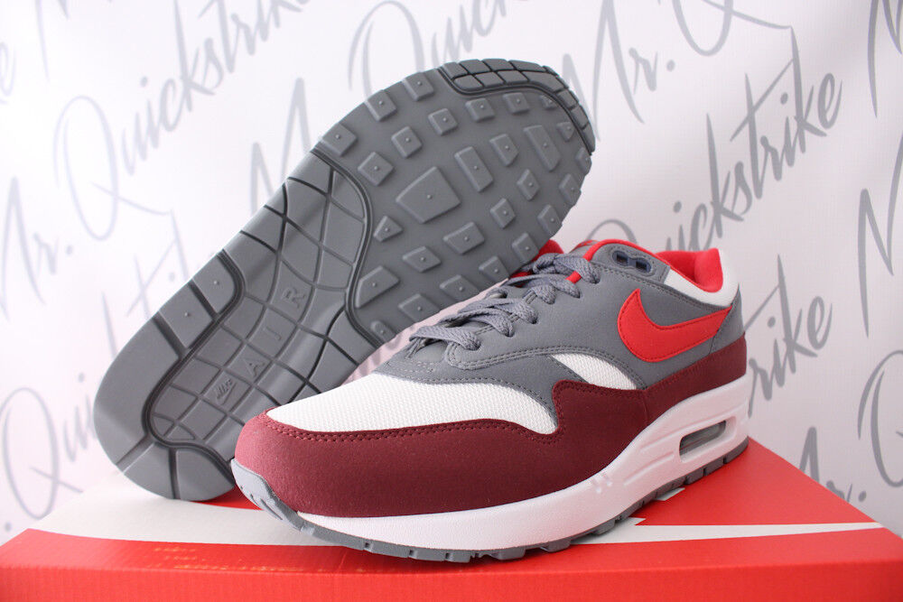 NIKE AIR MAX 1 SZ 10 WHITE UNIVERSITY RED COOL GREY BRIGHT INFRARED AH8145 100