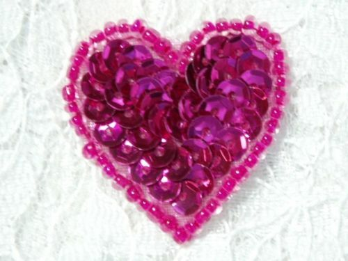 0362 FUCHSIA BURGUNDY HEART BEADED SEQUIN APPLIQUE 1/""