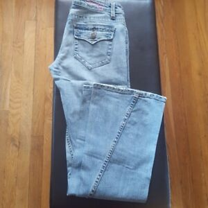 Bubblegum-Women-039-s-Size-5-6-Distressed-Jeans-Bell-Bottom