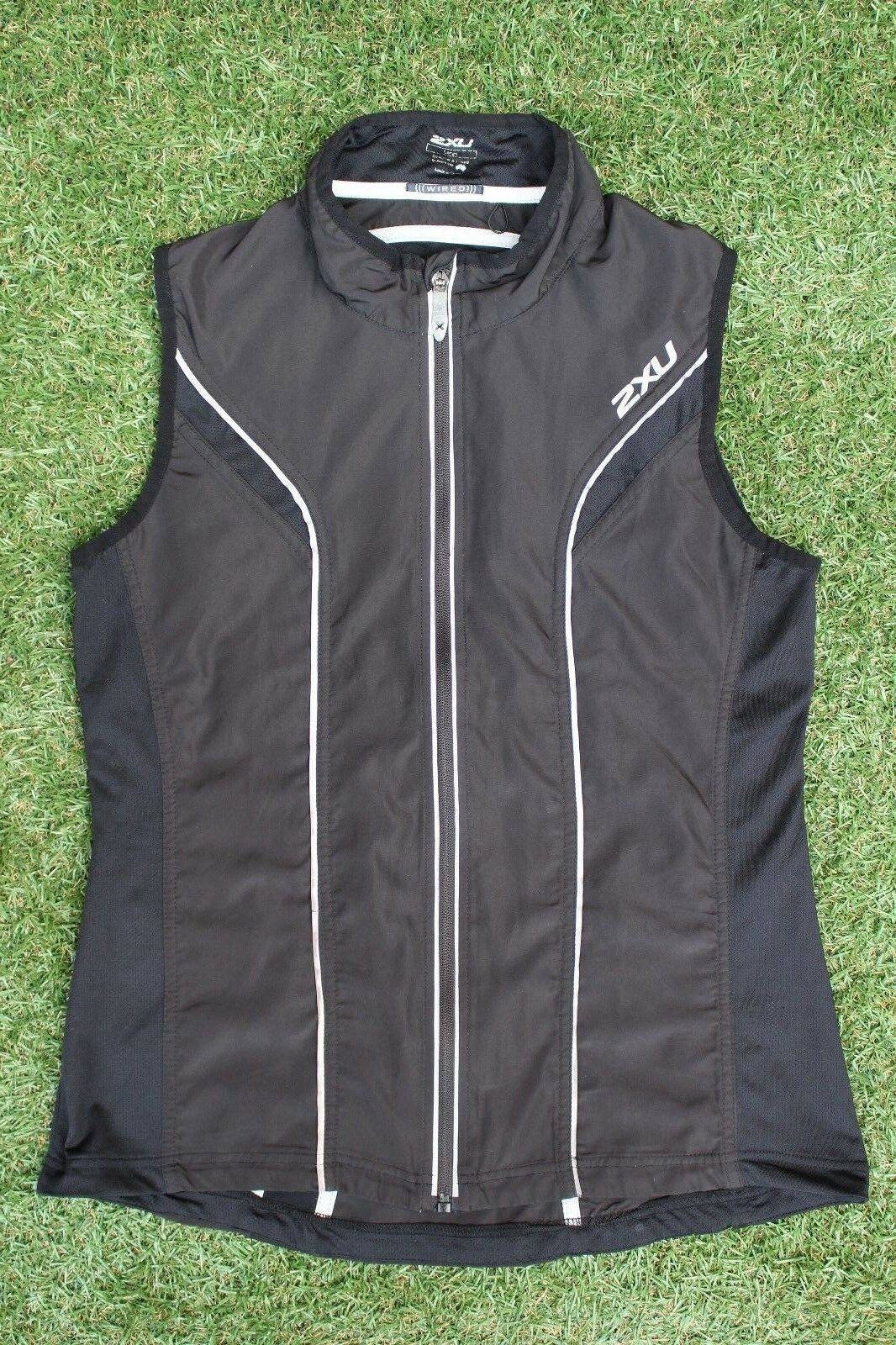 2XU Wired Road  Cycling Running Triathlon Gilet  Large 38 40  Chest  In VGC  waiting for you