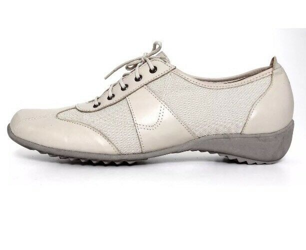 Munro American Lace Up Leather Sneaker Beige Women Sz 8.5 M 2883