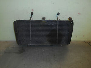 triumph-955i-sprint-st-radiator