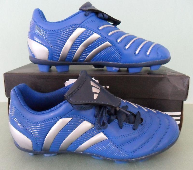 4382b21d973 NIBAdidas PREDITO Predator Soccer football Cleat boot shoes f30YOUTHS Size  2.5