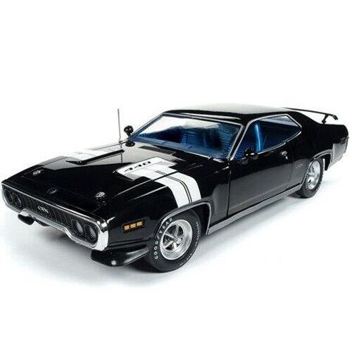 Autoworld 1 18 American Muscle 1971 PLYMOUTH GTX Hardtop Formel Noir AMM1133