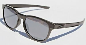 0d0e1c3ba6 Image is loading OAKLEY-Stringer-Sunglasses-Lead-Black-Iridium-NEW-Metal-