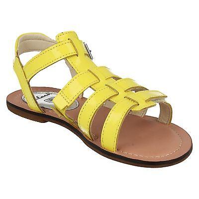 Clarks Mädchen Loni Freude gelb oder silber Riemchensandalen