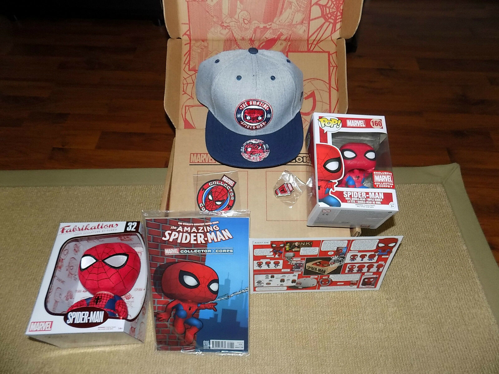 FUNKO SPIDER-MAN MARVEL COLLECTOR CORPS BOX, POP,  HAT, FABRIKATIONS, COMIC BOOK