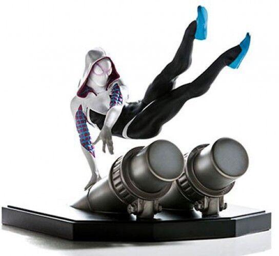 Marvel Spider-Man Spider-Gwen 6-Inch Battle Diorama Statue