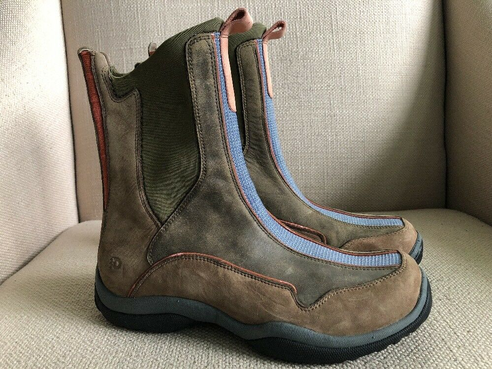 Dunham Taupe Brown Tan Nubuck Leather Pull On Boots US womens 7