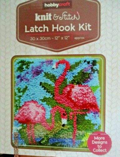 """Latch Hook Rug//Pillow Kit  /""""Flamingos/"""" by Hobbycraft Latch Hook Tool Included"""