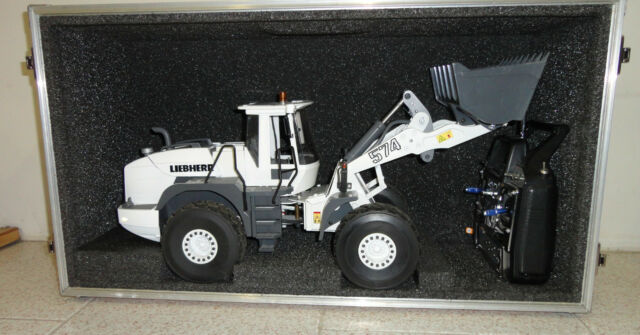 Transport for Wheel loader Wedico Cat 966  Liebherr 574-576 RC 1:14 or similar